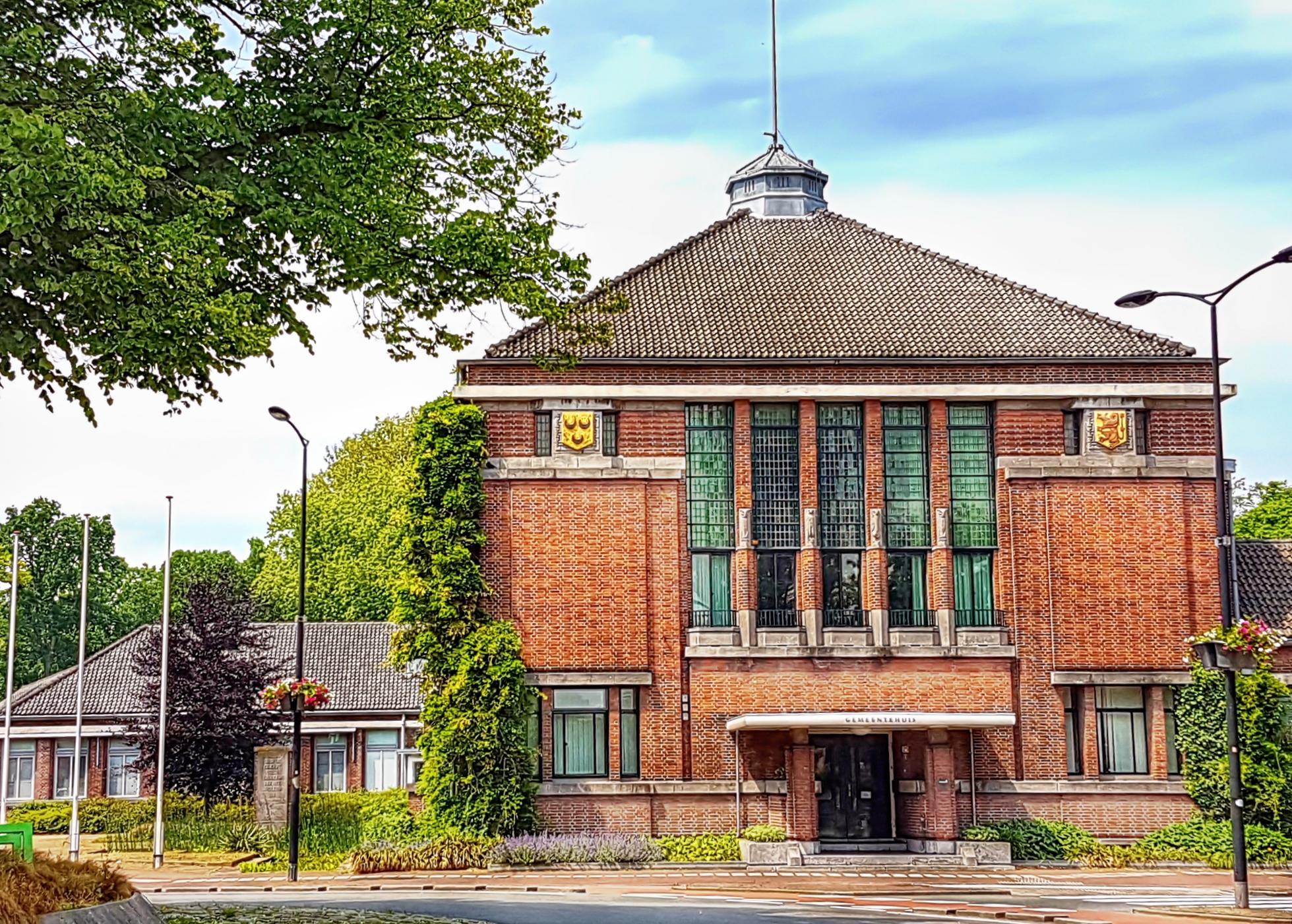 f8d1c8e698906b De gemeenteraad van Voorschoten wil dat er een pardonregeling komt voor  kinderen die meer dan vijf jaar in Nederland wonen.